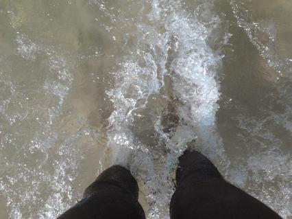 Paulo Sabino_Pés no mar