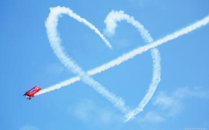 Avião (Esquadrilha da Fumaça)_Coração no céu